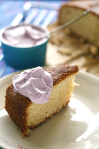 Cake met sojaslagroom