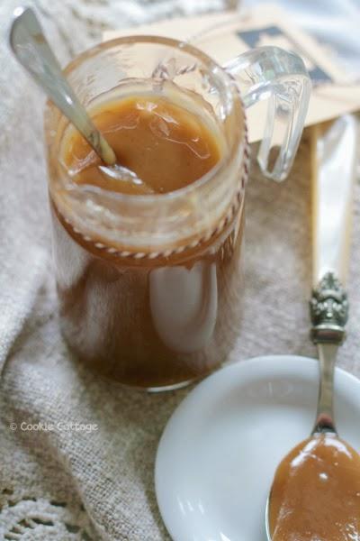 Lactosevrije Dulce de leche gemaakt van kokosmelk