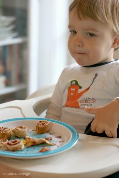 Pannenkoeken eten met little T.