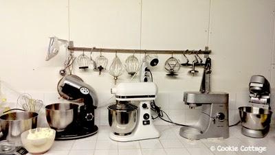 Vier verschillende keukenrobots op een rij