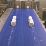 productie van staven geitenkaas