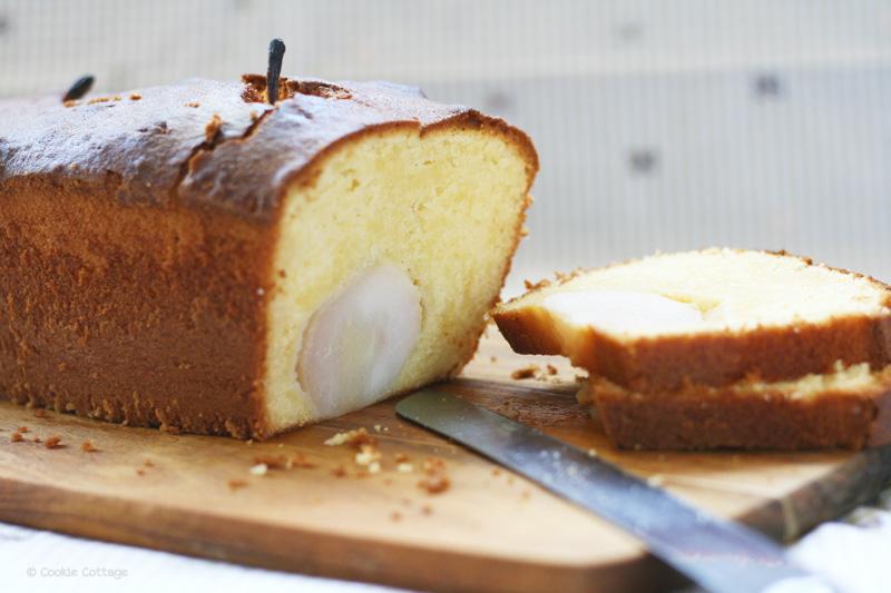 Cake met stoofpeertjes
