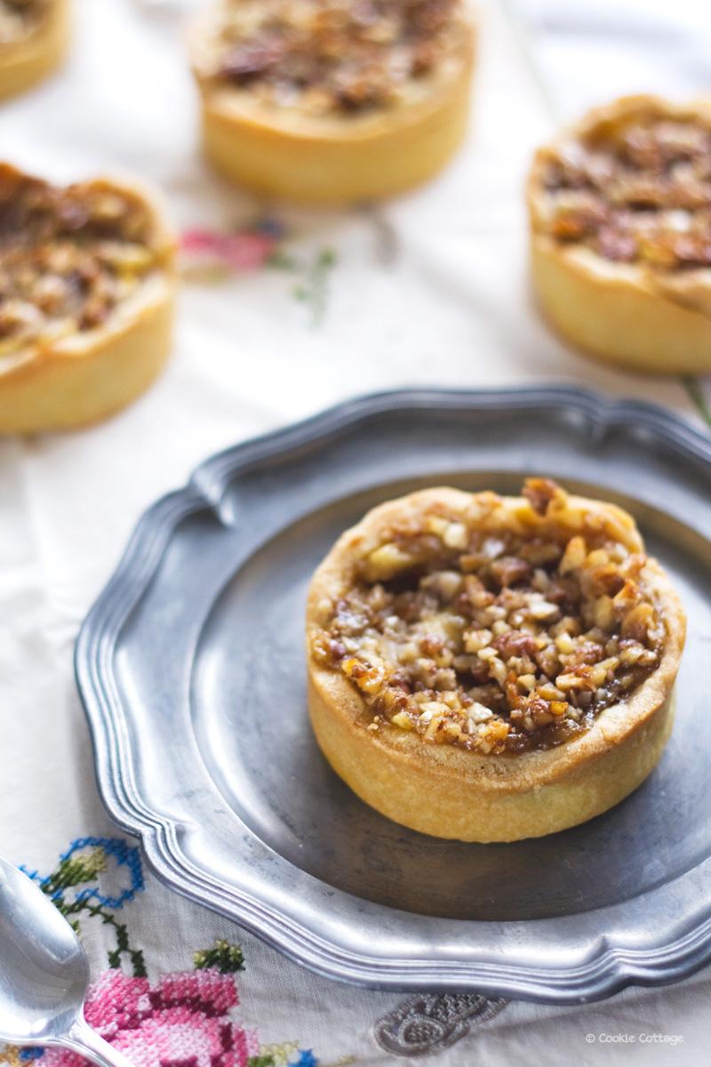 Tartelettes met appel, pecan en anijs