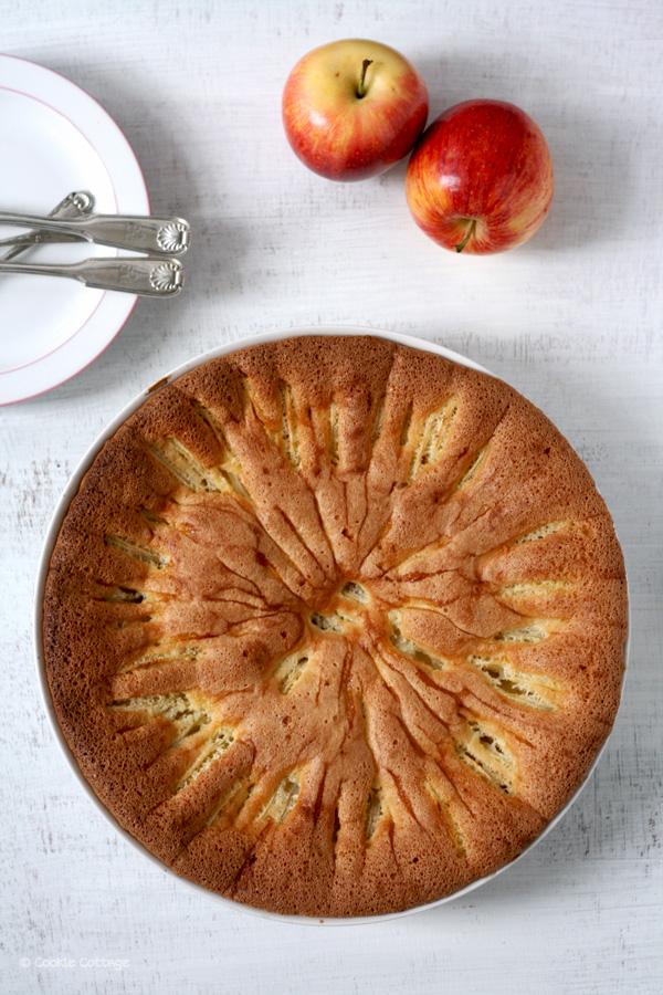 Luchtige appelcake